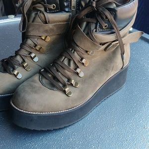 Olive Green Steve Madden Hiking Ankle Boots